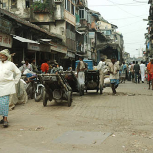 A typical street in the south of Mumbai, Mumbai, November 2009. (Photo: Reza Masoudi Nejad)