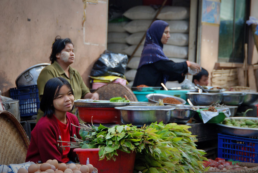 Local farmers selling fresh produce at a market in Yangon. (Photo: Naomi Hellmann)