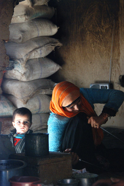 Baking bread in Srinigar, Jammu & Kashmir. (Photo: Naomi Hellmann)