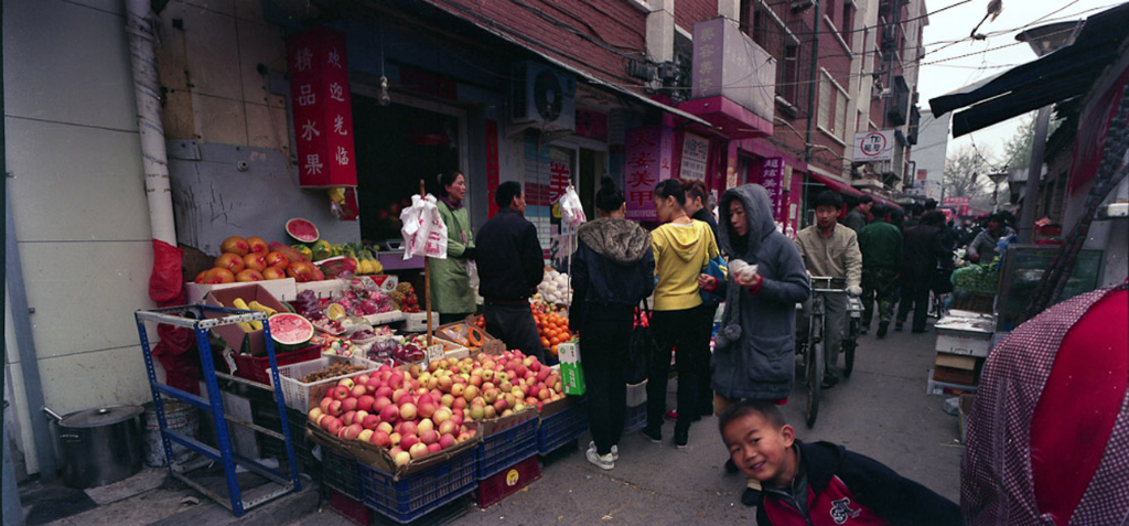 A farmer's market in an alley in Beijing. (Photo: Dan Smyer Yu)