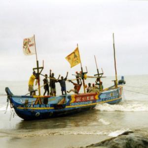 Fishermen (Central Region, Ghana). (Photo: Boris Nieswand)