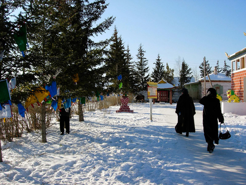 Ivolginsky Buddhist Monastery 2, February 2005. (Photo: Justine Buck Quijada)