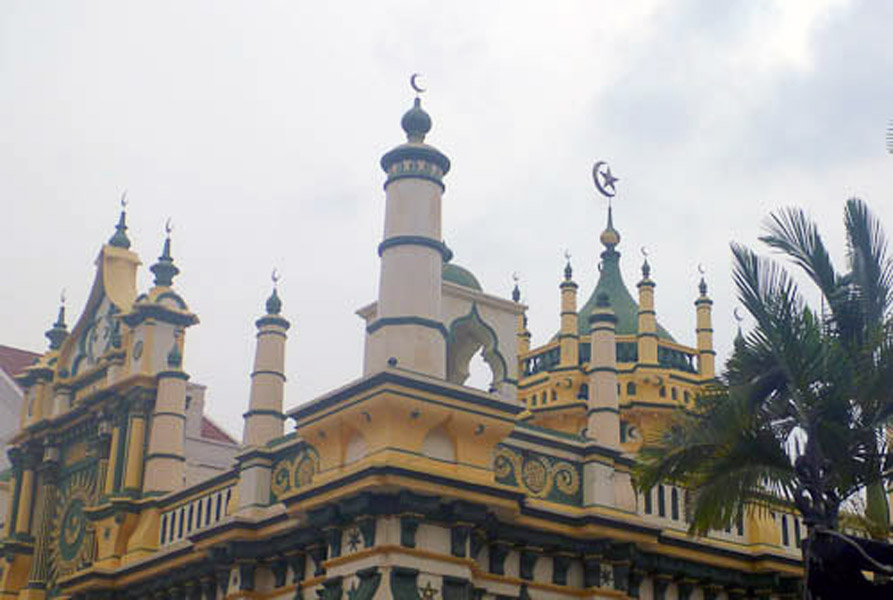 Mosque, Little India, Singapore. (Photo: Steven Vertovec)