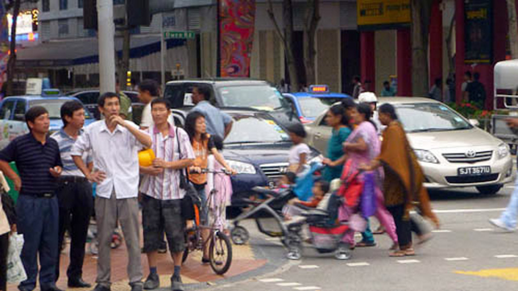 Diversity of people on Singapore street. (Photo: Steven Vertovec)