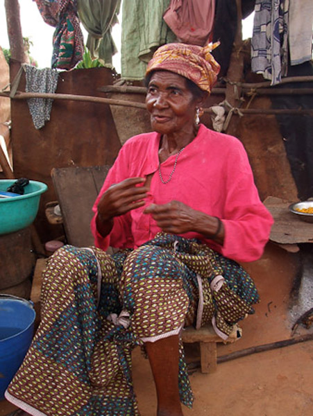 Yaa Awurabea, the oldest deaf woman of Adamorobe. (Photo: Annelies Kusters)