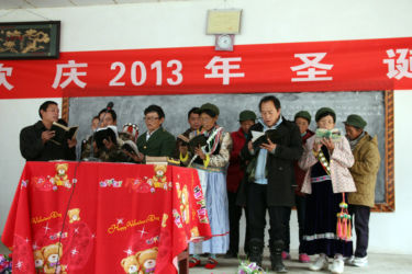 Lisu Gospel Singing in the Valley, Nujiang, Northwest Yunnan, China (Y. Diao)