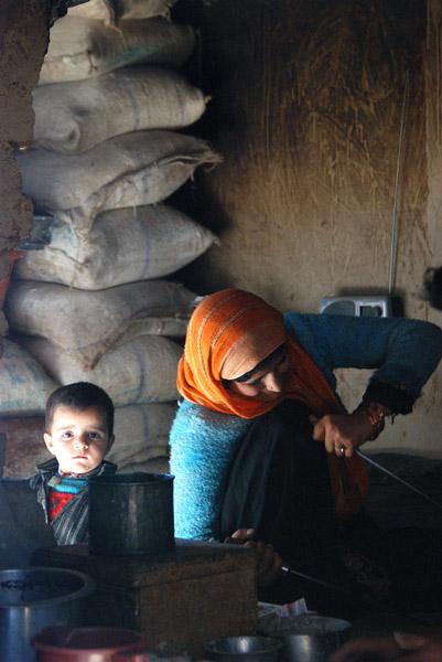 Baking bread in Srinigar, Jammu & Kashmir. (Photo: Naomi Hellmann)