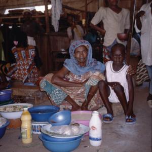 Fulani woman selling milk products (Central Market, Korhogo, Côte d'Ivoire). (Photo: Boris Nieswand)