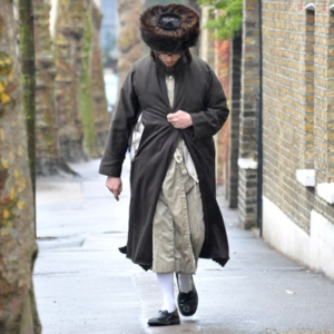 Strictly Orthodox Jew on his way to the synagogue. (Photo: Doerte Engelkes)
