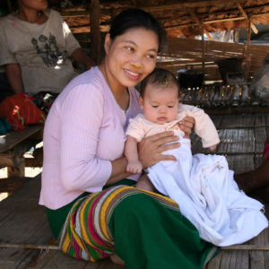 Mutter und Kind im Flüchtlingslager, Mae La. (Photo: Alexander Horstmann)