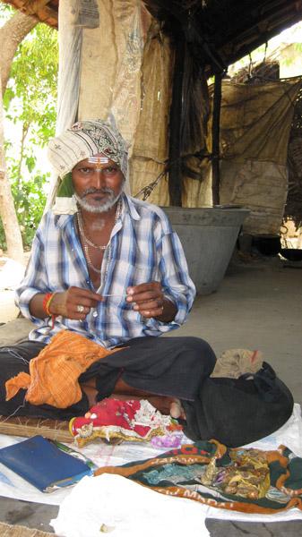 Ritual healer and his medicine, Tamil Nadu 2007. (Photo: Gabriele Alex)