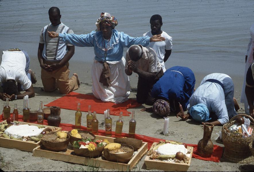 Shango beach ritual, central Trinidad. (Photo: Steven Vertovec)