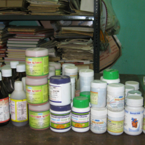 Siddha Pharmaceuticals in a Primary Health Centre, Tamil Nadu 2009. (Photo: Gabriele Alex)
