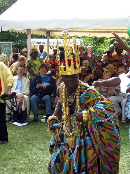 Togbui (traditional ruler) of the Hohoe Gbi Traditional Area, Ghana@50 celebrations, Berlin. (Photo: Boris Nieswand)