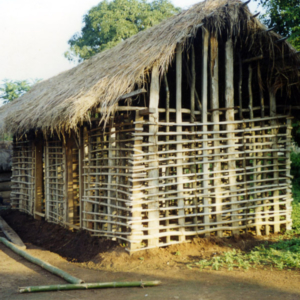 Traditional house under construction (Dormaa District, Ghana). (Photo: Boris Nieswand)