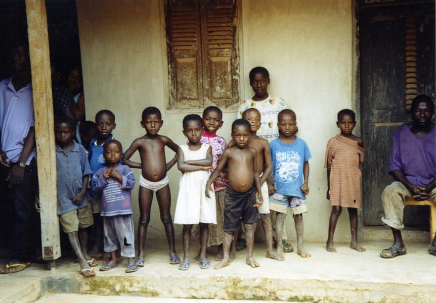 Village Children (Dormaa District, Ghana). (Photo: Boris Nieswand)