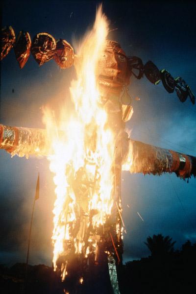 Burning the demon Ravana, Ramayana play. (Photo: Steven Vertovec)