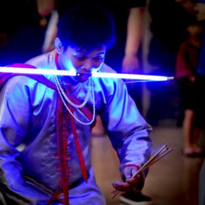 Singapore – Unconventional face piercing by a spirit medium channelling the Underworld deity of filial piety Sai Ya Pek. (Photo: Fabian Graham)