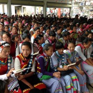 Congregational singing in the dedication of Shimen'gen Church, Fugong County, 27 July 2014. (Photo: Ying Diao)