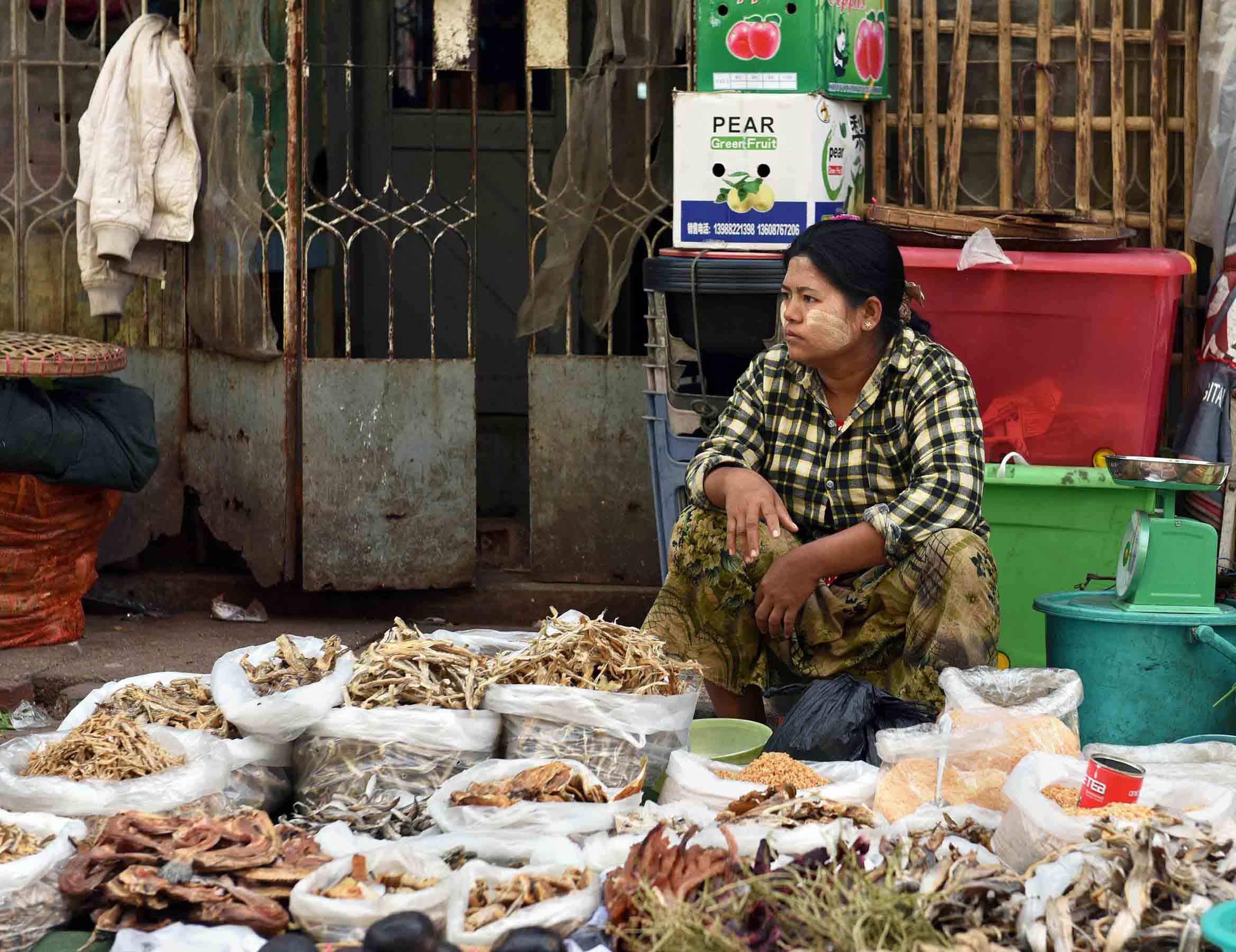 Selling dried fish. (Photo: Naomi Hellmann)